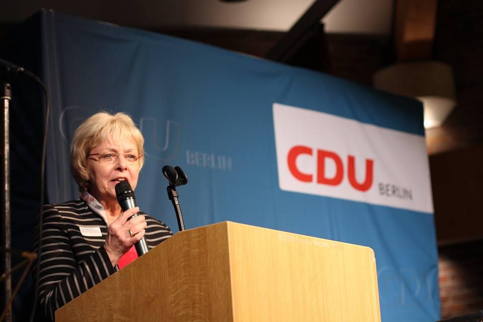 CDU-Bezirksbürgermeisterkandidatin Jutta Kaddatz begeisterte die Anwesenden mit einer mitreißenden Rede.