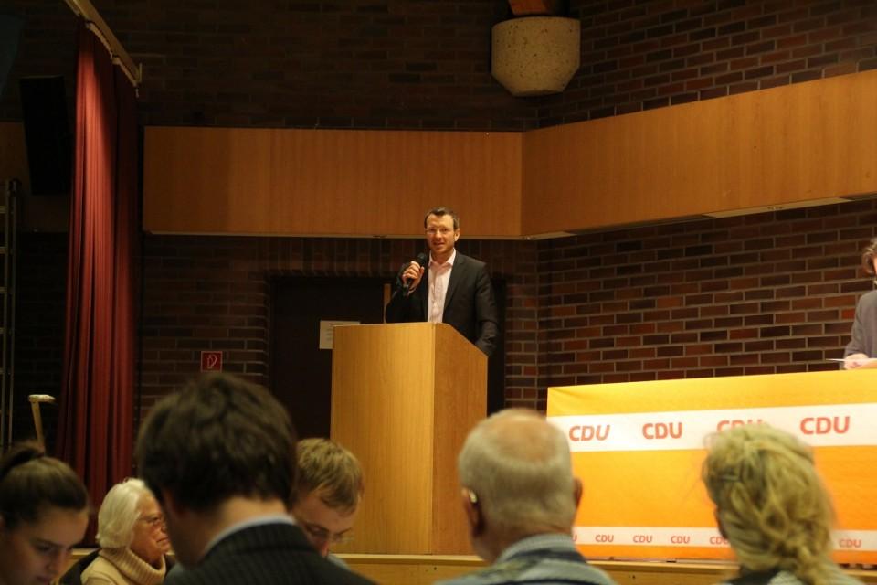 Jan-Marco Luczak stimmt die Mitglieder auf den Berliner Wahlkampf 2016 ein.