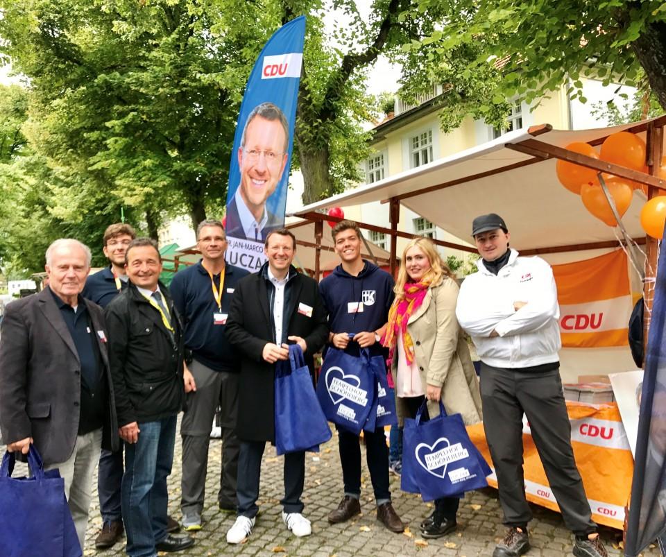 Mit einem starken Team war die CDU-Lichtenrade am Wochenende des 8. bis 10. September am Dorfteich vor Ort.